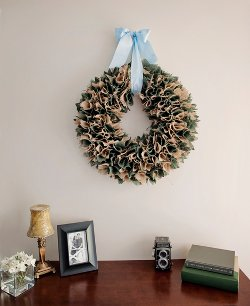 Square-Pinned Burlap Wreath How to Make Wreaths