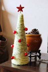 DIY Yarn Christmas Trees
