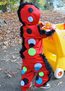 23 Halloween Crafts for Kids: Homemade Halloween Costume Ideas and Spooky Decor free eBook