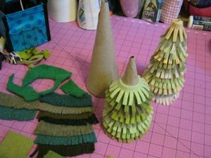 Felt Sweater Christmas Trees