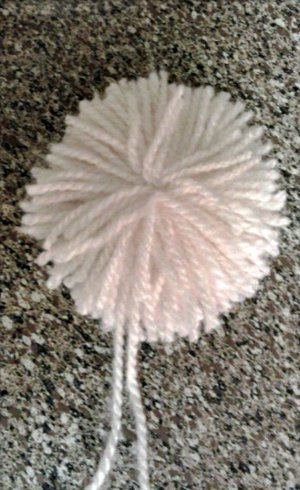 Snowball Pom Pom Wreath