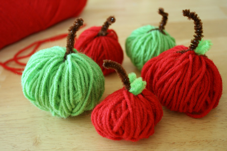 Apple Yarn Craft