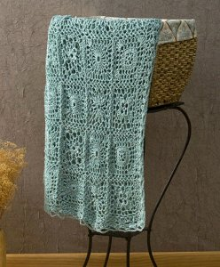 Andante Crochet Throw