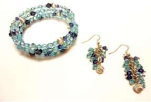 Get a Blue Clue Memory Wire Bracelet and Earrings