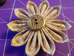 Tsunami Flower Pin