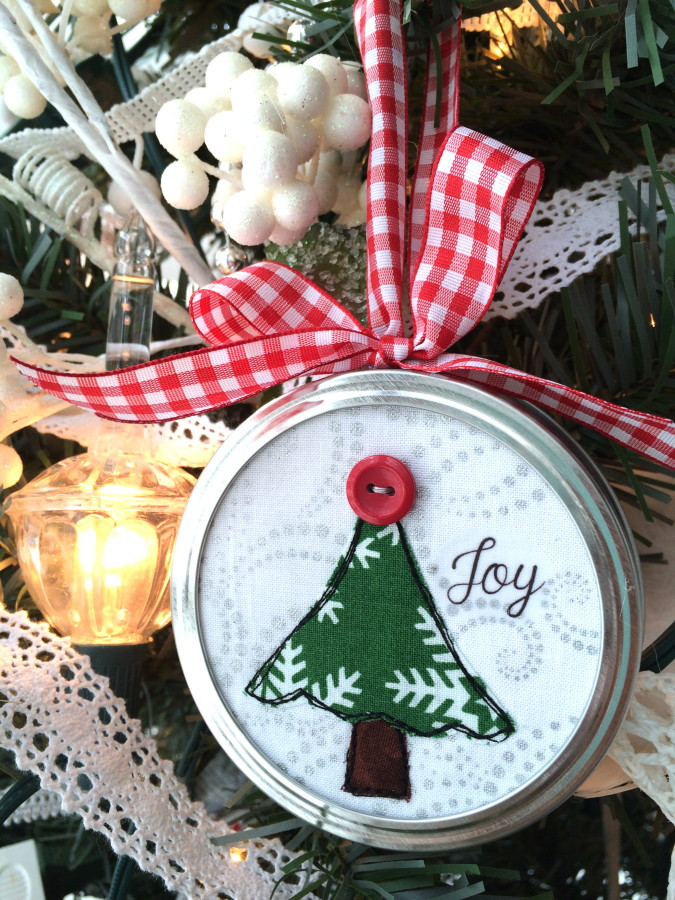 7 DIY Christmas Gifts: Handmade Ideas You'll Love