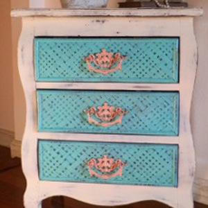 Distressed Wicker Side Chest