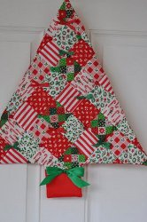 The Best Free Quilt Patterns for Christmas: 10 Quilt Blocks ... : quilted christmas - Adamdwight.com