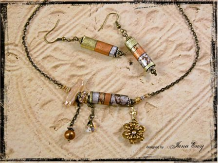 Blooming Cylinder Necklace