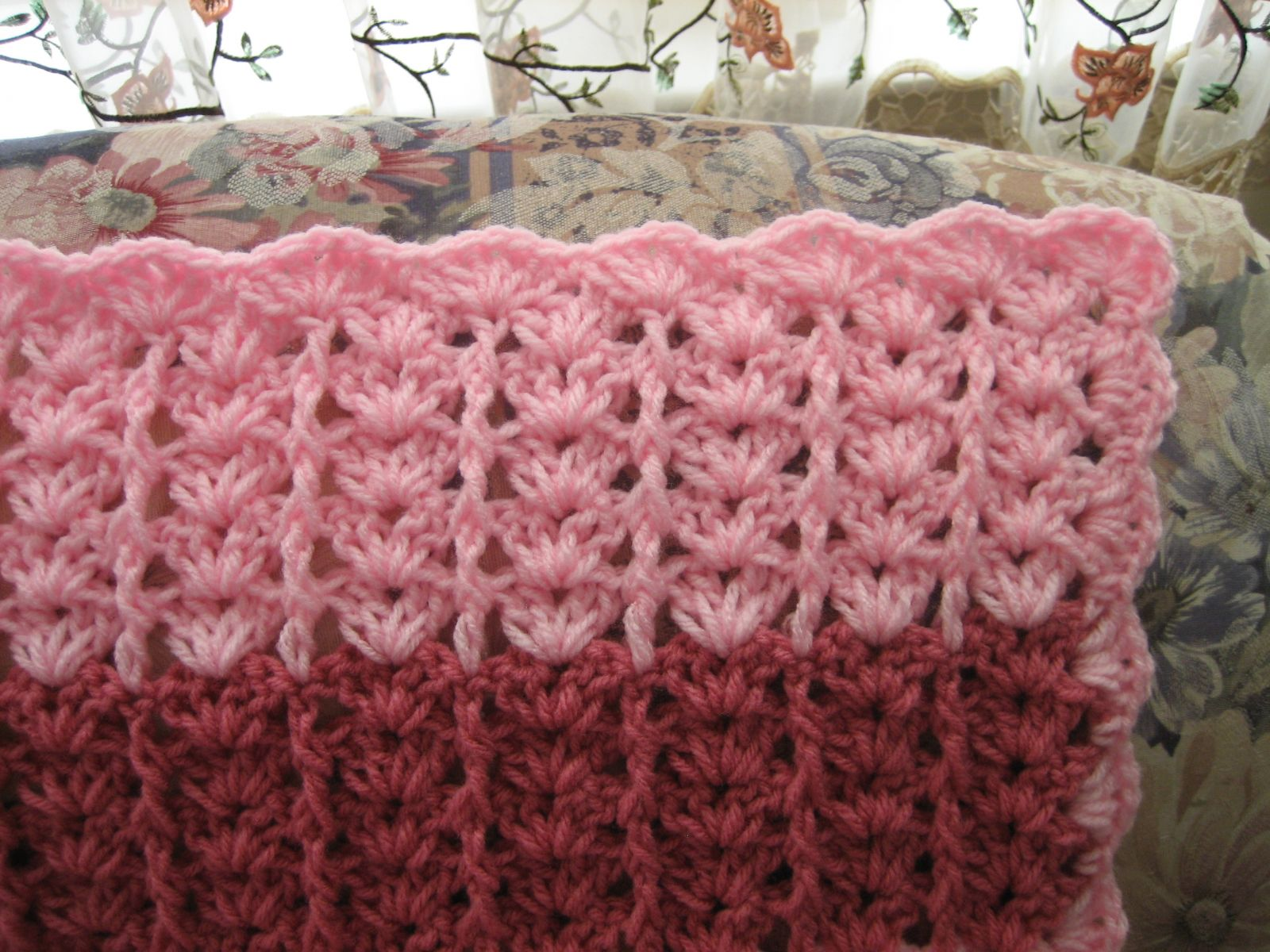 Lacy shades of pink shells afghan allfreecrochetafghanpatterns lacy shades of pink shells afghan bankloansurffo Images