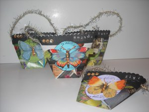 Repurposed Magazine Gift Bags