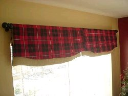 Simply Reversible Window Valance