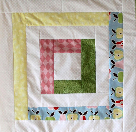 Pretty Pastels Log Cabin Baby Quilt | FaveQuilts.com : log cabin baby quilt pattern - Adamdwight.com